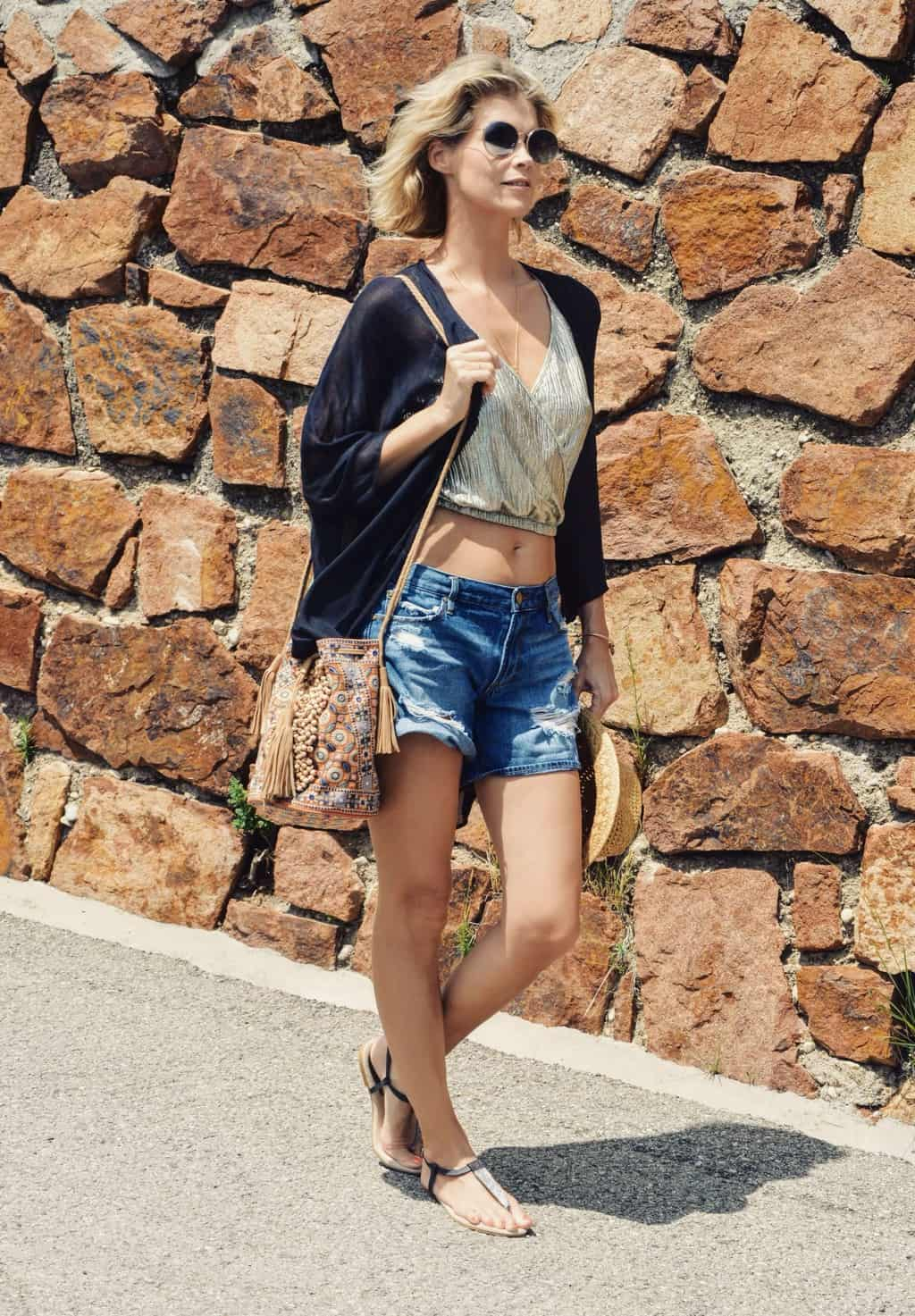 Stoere beach outfit met boho touch